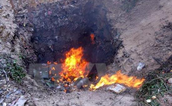 Tiêu hủy gần 3 tấn nông sản không rõ nguồn gốc, xuất xứ