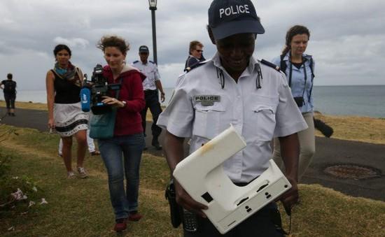 Pháp nối lại việc tìm kiếm mảnh vỡ máy bay MH370