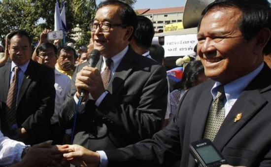 Tòa án Phnom Penh ra lệnh bắt giam ông Sam Rainsy
