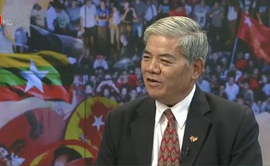 'Đảng NLD của bà Aung San Suu Kyi sẽ khôn khéo hợp tác cùng Quân đội Myanmar'