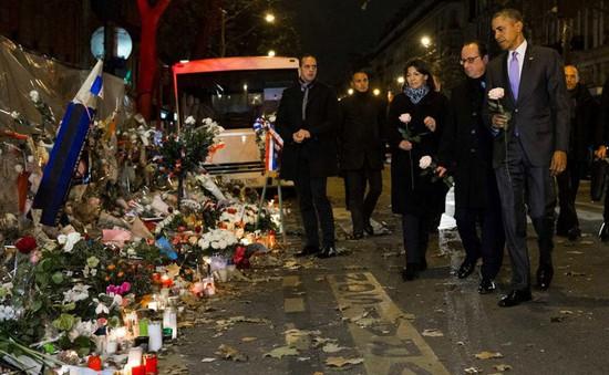 Tổng thống Mỹ tưởng niệm các nạn nhân vụ khủng bố tại nhà hát Bataclan