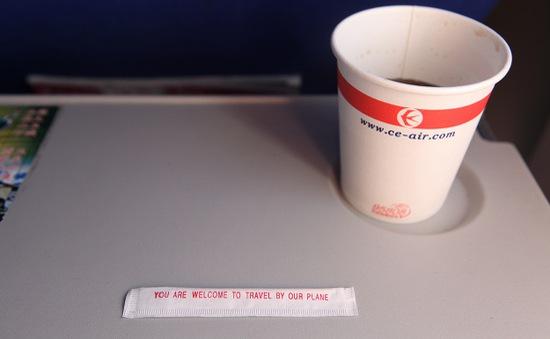 Những nguồn ẩn náu mầm bệnh trên máy bay