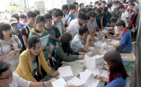 Trường đại học không được tuyển quá 15.000 sinh viên chính quy