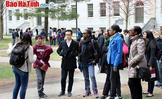Nam sinh Hà Tĩnh giành học bổng Đại học Harvard với điểm sát hạch tuyệt đối