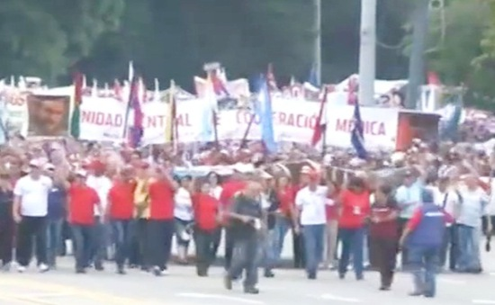 Người dân châu Âu, châu Mỹ tuần hành nhân ngày Quốc tế Lao động