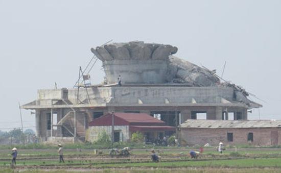 Vụ tượng Phật đổ sập ở Thái Bình: Không có nhà thầu giám sát thi công