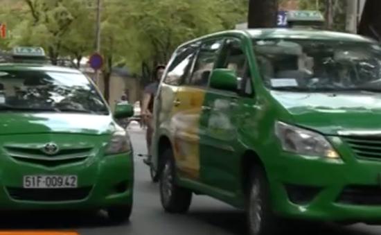 Cước vận tải taxi tăng nhẹ
