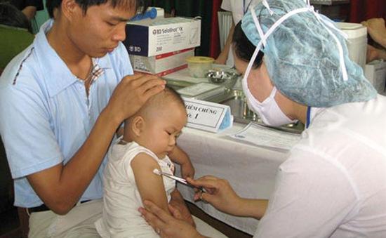Vaccine phòng sởi - rubella được đưa vào tiêm chủng miễn phí