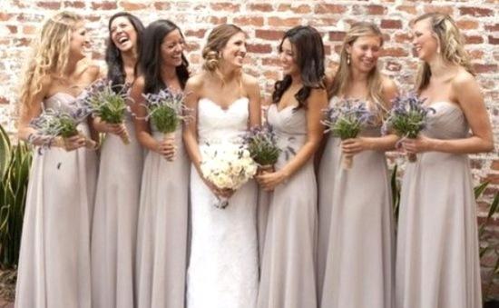 Bí quyết chọn váy dự tiệc cưới đúng điệu