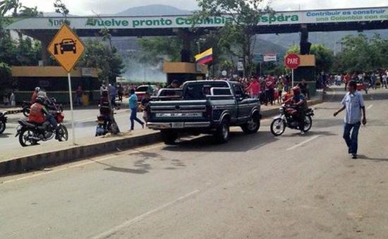 Venezuela yêu cầu Colombia họp khẩn cấp về tình hình biên giới