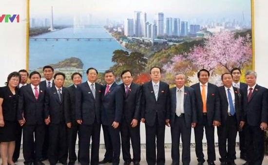 Phó Chủ tịch Quốc hội Huỳnh Ngọc Sơn thăm CHDCND Triều Tiên