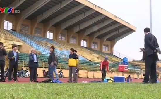 Hầu hết sân bóng tại Việt Nam không đạt tiêu chuẩn