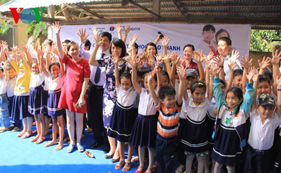 Bến Tre tổ chức mít tinh hướng ứng Ngày nhà vệ sinh thế giới
