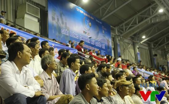 Không khí lễ hội trong ngày khai mạc VTV Cup 2015 tại Bạc Liêu