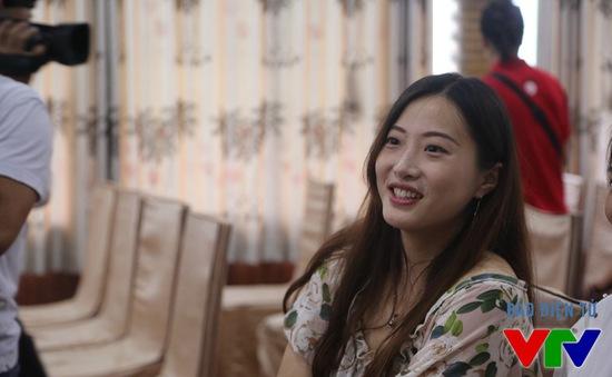 Mỹ nhân ĐH Nam Kinh hút hồn với giọng ca trong trẻo