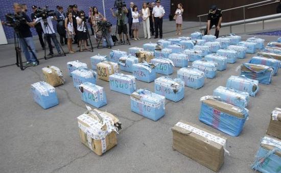Hơn 7 tấn ma túy bị phát hiện tại Paris (Pháp)