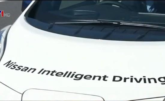 Nissan thử nghiệm xe tự lái trên đường phố Nhật Bản