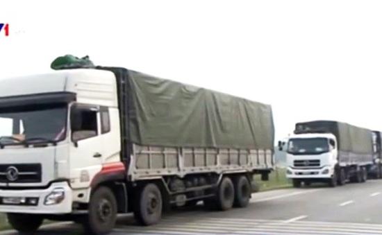 Phát hiện đoàn xe chở quá tải qua 5 tỉnh