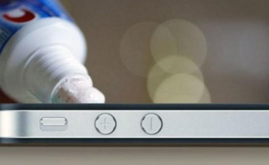 8 cách loại bỏ vết xước trên smartphone và tablet