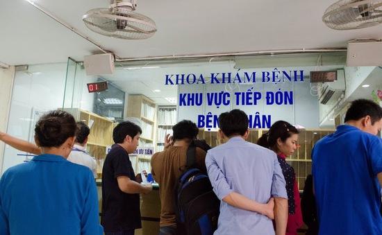 Nắng nóng, nhiều bệnh viện Nhi quá tải