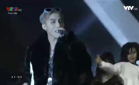 """Khoe hit mới tại CK The Face, Sơn Tùng M-TP bị chê hát live kém, """"đạo"""" G-Dragon"""