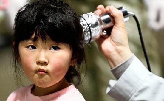 Nhật Bản xác nhận thêm 14 trẻ em ung thư tuyến giáp tại Fukushima