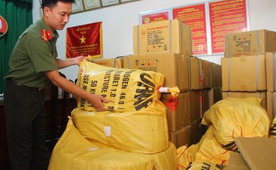 Quảng Trị: Triệt phá đường dây buôn bán thuốc nổ trái phép