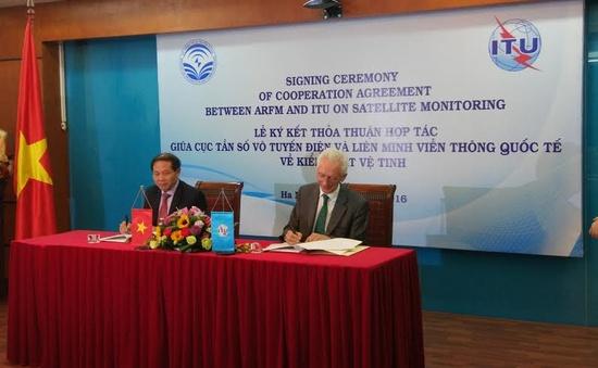 Việt Nam ký thỏa thuận về kiểm soát vệ tinh với ITU
