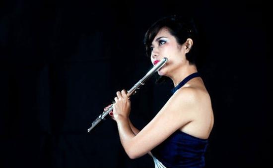 Nghệ sĩ Lê Thư Hương và tình yêu với sáo flute