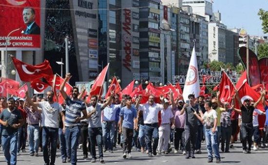 Tuần hành ủng hộ Tổng thống tại Thổ Nhĩ Kỳ