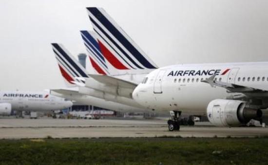Nhân viên Air France đình công đúng mùa cao điểm du lịch