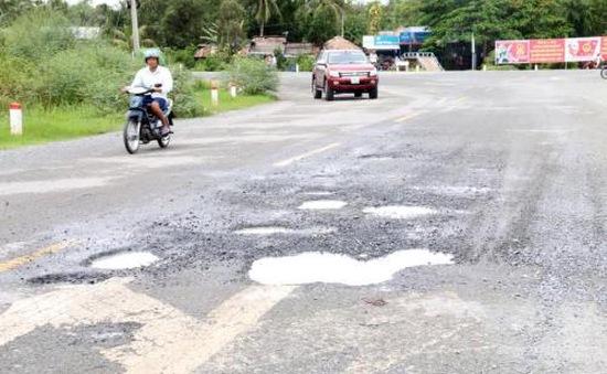 Kiên Giang: Quốc lộ 61 mới nâng cấp đã xuống cấp nghiêm trọng