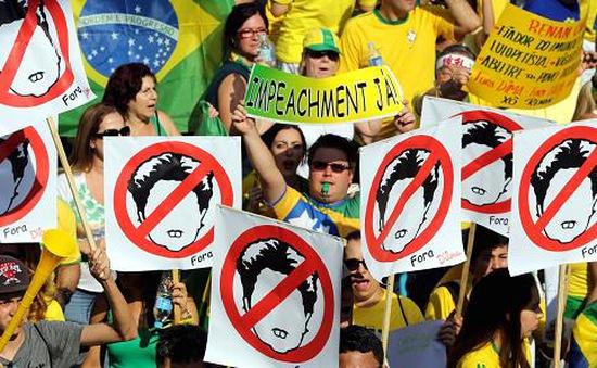 Brazil giảm nợ cho các bang để hỗ trợ dịch vụ công cộng