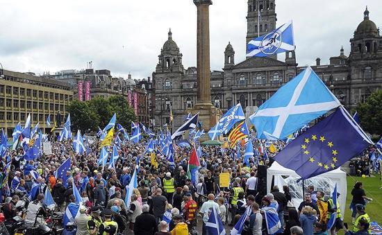 Điểm tin quốc tế 17/10: Scotland có thể trưng cầu dân ý độc lập lần 2