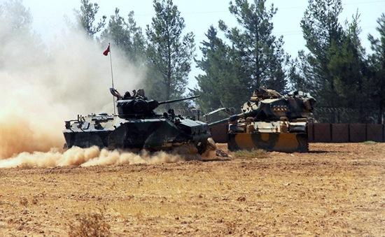 Thổ Nhĩ Kỳ yêu cầu người dân sơ tán khỏi biên giới giáp Syria