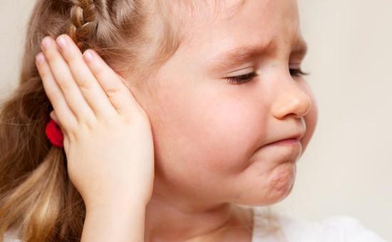 Những cách đơn giản trị đau tai