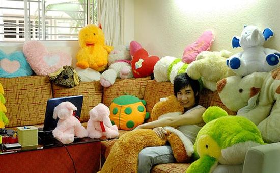 Quang Hà thích thú khoe căn phòng tràn ngập thú bông