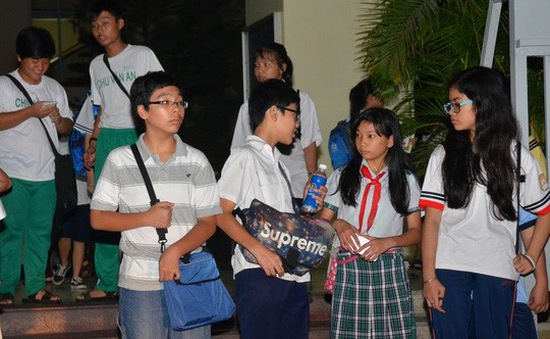 TP.HCM: Một giáo viên bị buộc dừng dạy thêm tại nhà