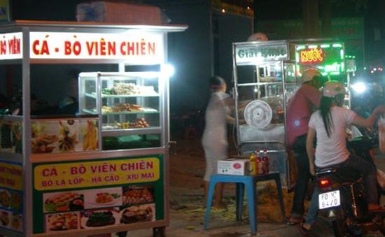 Món viên chiên thu hút người dân TP.Hồ Chí Minh