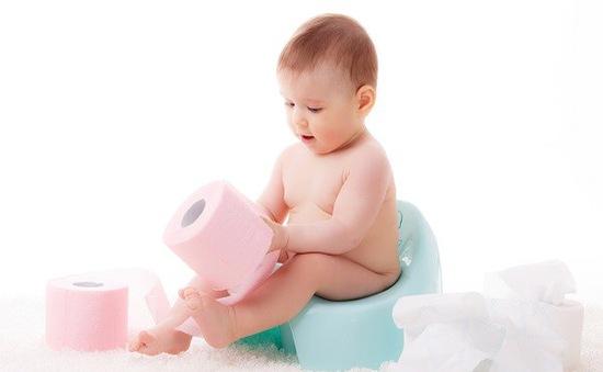 Nên cho trẻ ăn gì, uống gì khi bị tiêu chảy?