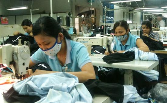 Người lao động Việt Nam ở nước ngoài băn khoăn trước quy định đóng BHXH