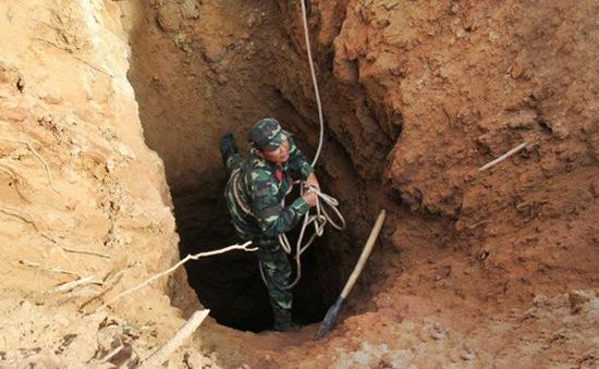 Vụ sập hầm vàng ở Thanh Hóa: Đưa thi thể nạn nhân cuối cùng ra khỏi hang Kịt