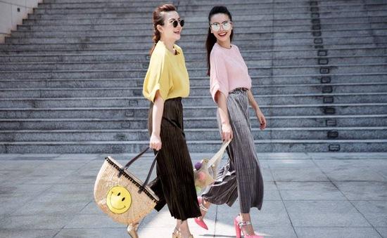 Ngắm phong cách thời trang đầy màu sắc của chị em Yến Trang, Yến Nhi