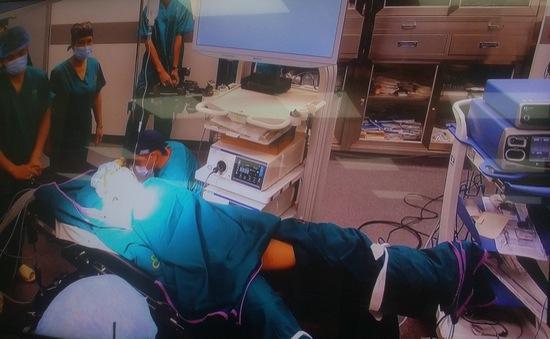 Bệnh nhân đầu tiên tại Việt Nam được phẫu thuật bằng phương pháp nội soi 4K