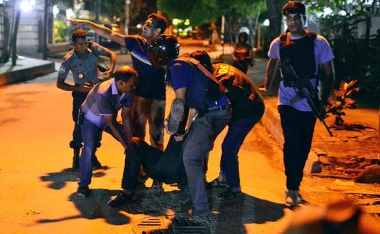 IS nhận trách nhiệm vụ tấn công nhà hàng, bắt cóc con tin tại Bangladesh