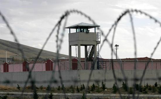 Thổ Nhĩ Kỳ thả 38.000 tù nhân, nhường chỗ cho nghi phạm đảo chính