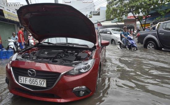 Bảo hiểm ô tô ngập: Cần tìm hiểu kỹ bảo hiểm thủy kích