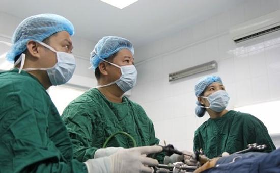Phẫu thuật thành công cho bé gái có khối u nguyên bào gan lớn