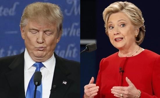 Ông Trump vượt bà Clinton trong hai khảo sát toàn quốc