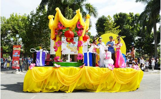 Đầm Sen miễn phí cho trẻ em nhân dịp Trung Thu